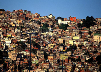 Rocinha, from the Sao Conrado side.