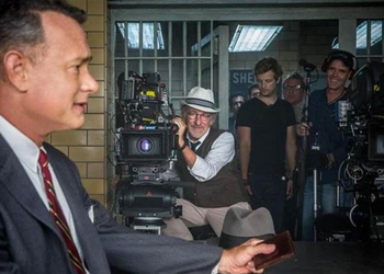 Spielberg and Hanks on set.